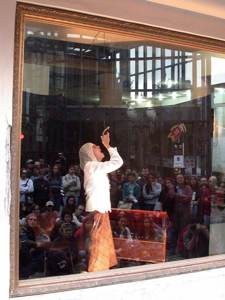 ADELAIDE FONTANA - Curitiba - Festival Nacional 2003